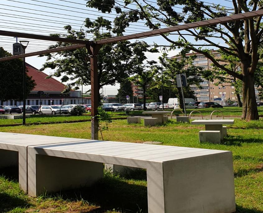 stile urbano elementi di arredo urbano a torino